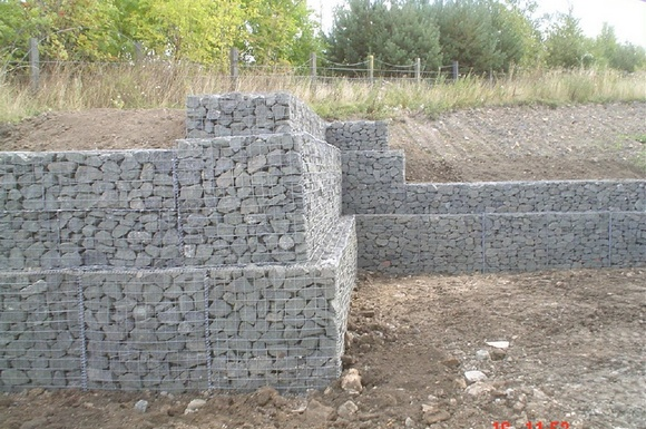 gabion retaining wall construction 6 - Gabion Retaining Wall Design